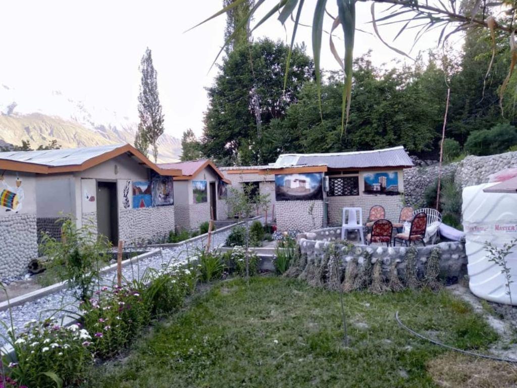 Hunza vintage huts