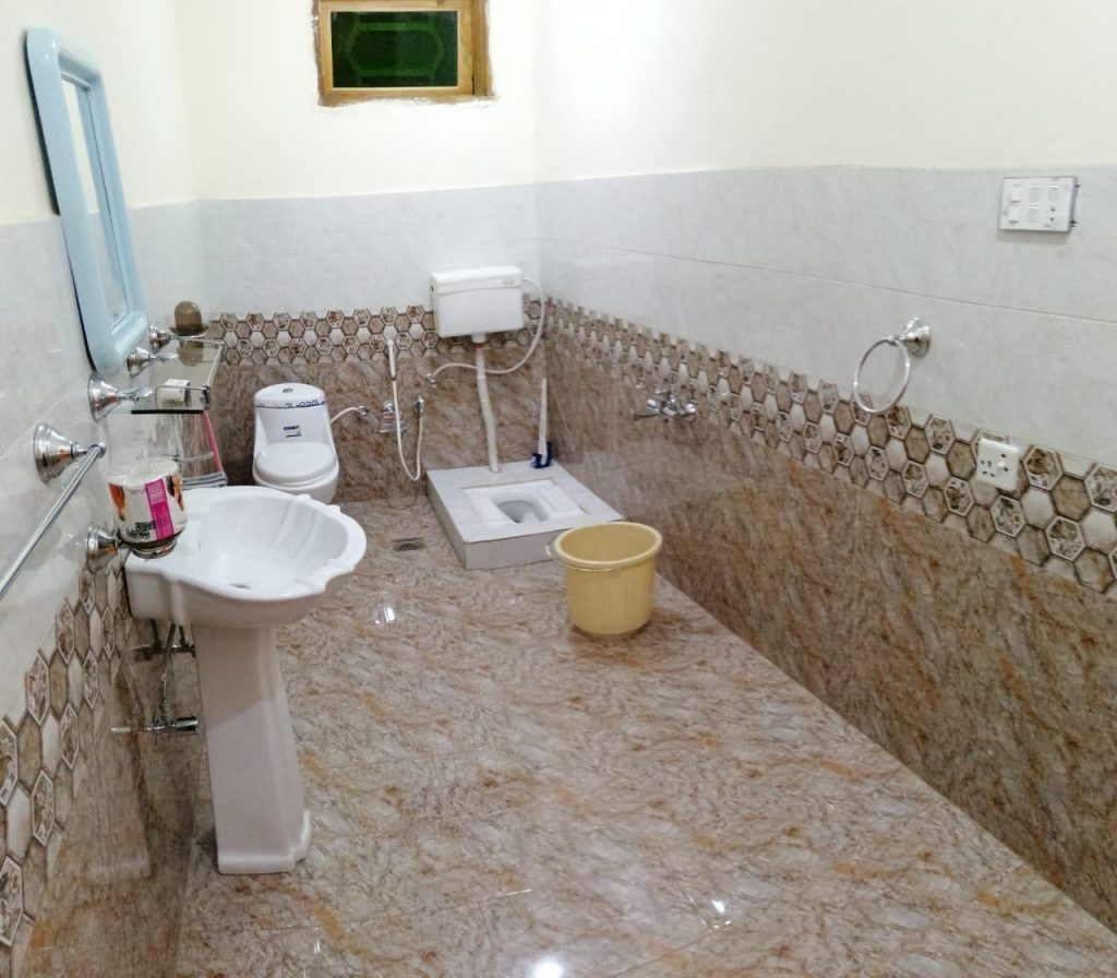 triple-one-hotel-hunza-bathroom-picture