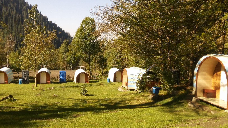 Sharan-Camping-Pods