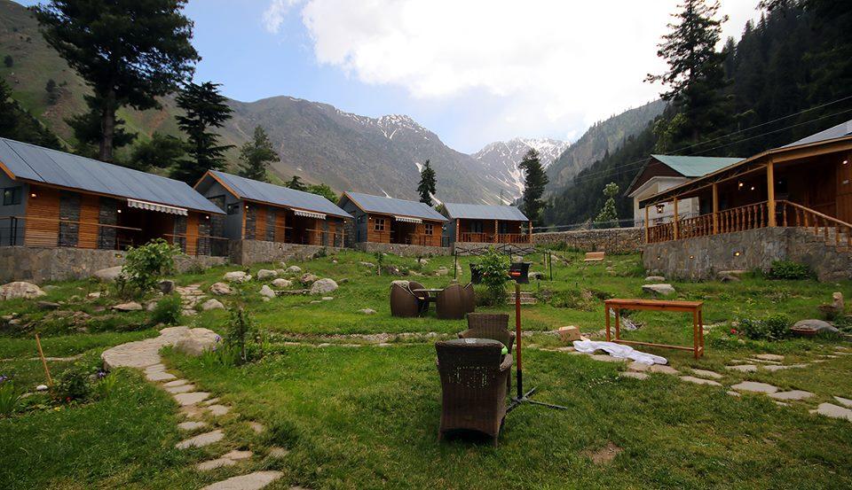 Grey Walls Mountain Huts and Cottages Naran