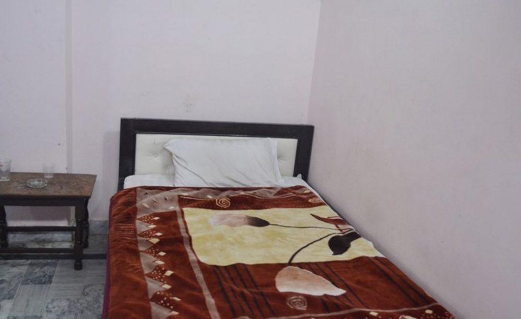 Hotel-Pink-Palace-Hotel_20Pink_20Palace-swat