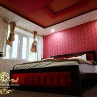 State-Continental-Guest-House-Muzaffarabad-Master-bed