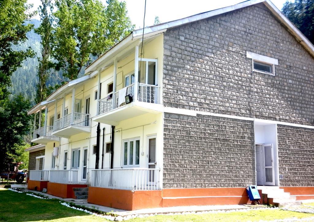 Keran-Resort-Keran-Neelum-valley