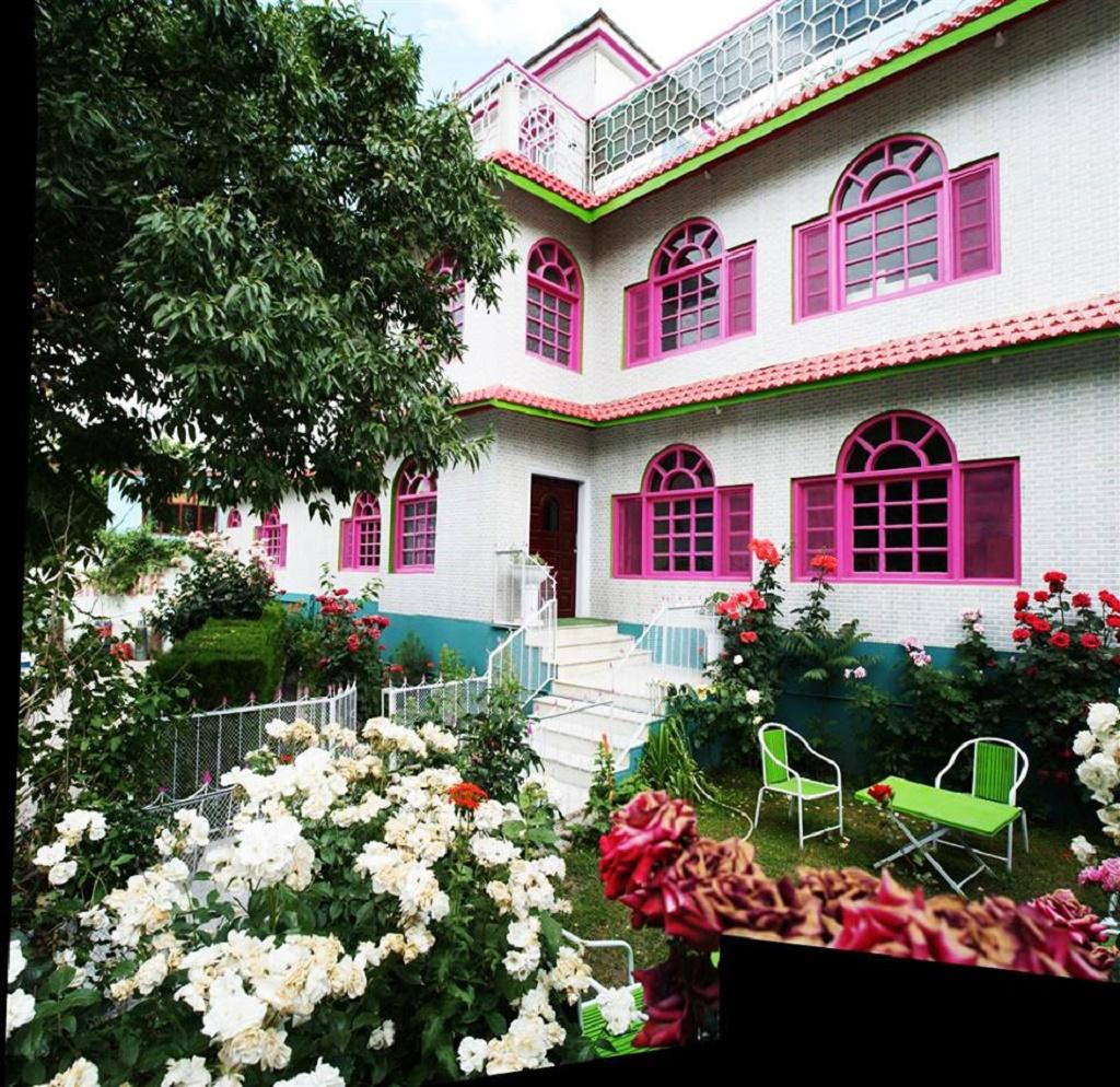Dewan-e-Khas-Skardu