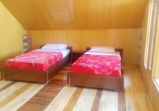 Snowland-Guest-House-Twin-Bed-Room