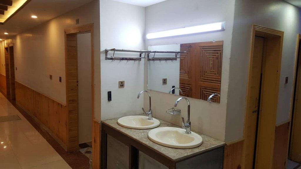Bathroom-Shangrila-Sharda-Resort