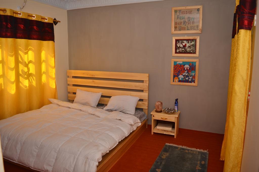 skardu-villas-Deluxe-Master-bed