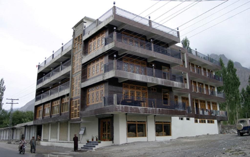 Baltistan-Continental-Hotel-Skardu