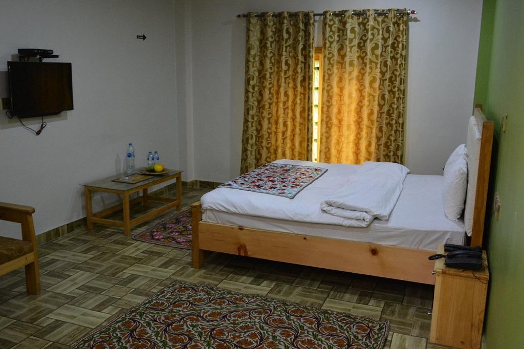 Shangrila Sharda Resort Kel Seri Neelum Valley-Room