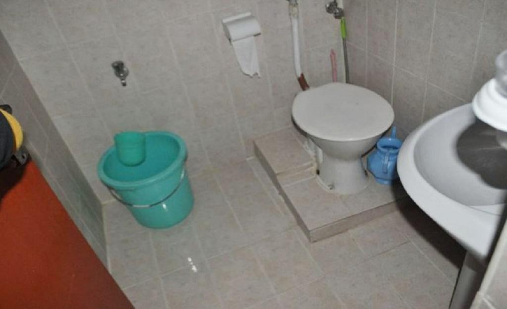 indus-motel-bathroom