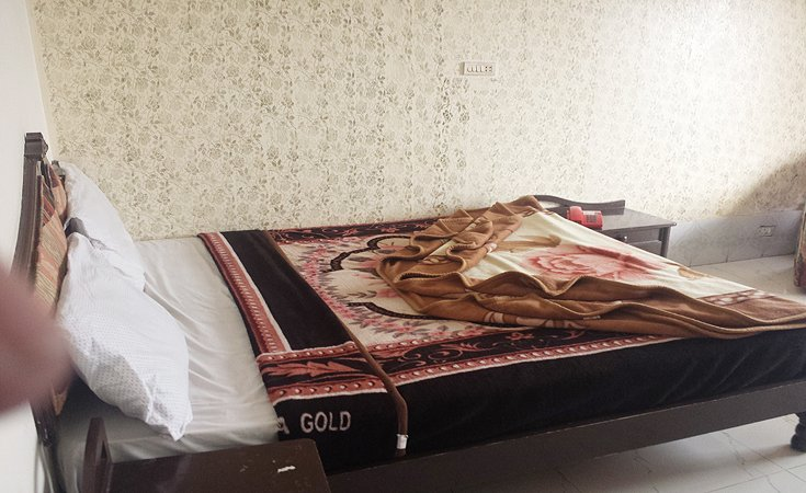 Grand-Heights-Murree-master-bed