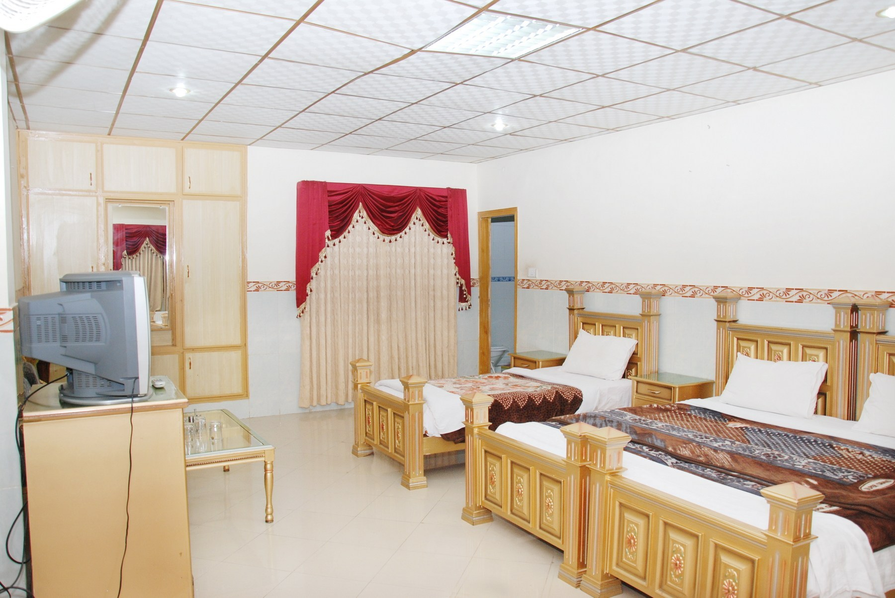 Hotel-Faran-Murree-Executive-3-Bed-Sharing-Tripple-Sharing