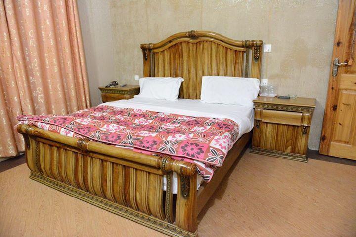 Hotel-Faran-Murree-deluxe-room