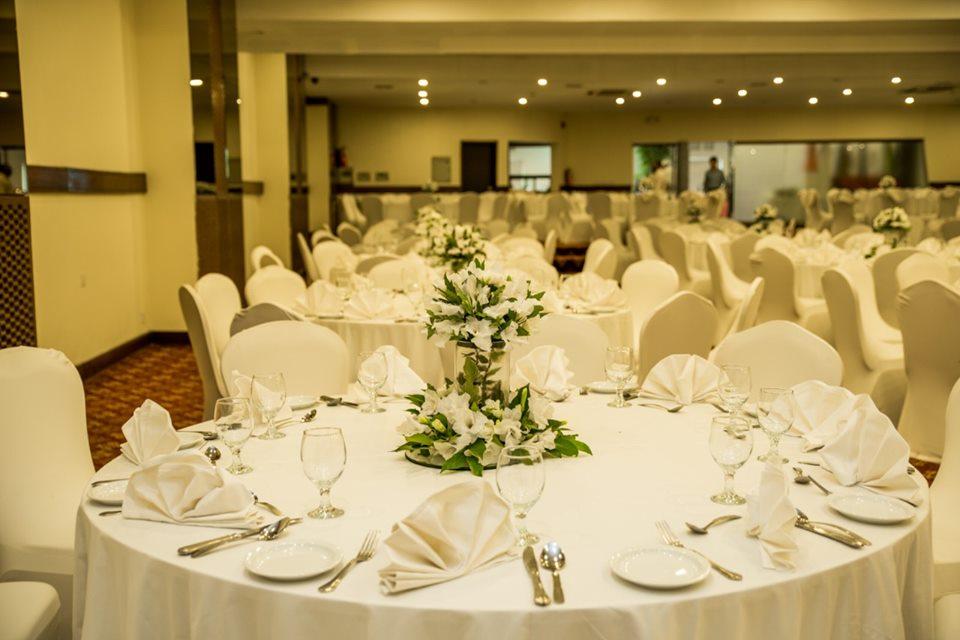 Pearl-Continental-Hotel-Bhurban-restaurant