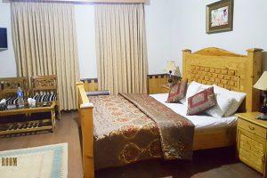 Pine-Top-Hotel-Murree -room-pic