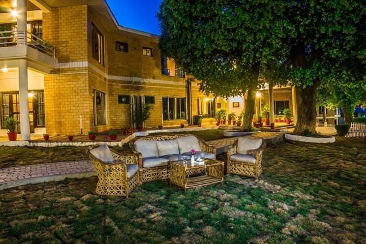 Punjab-Huts-Sweet-homes-nigh-view