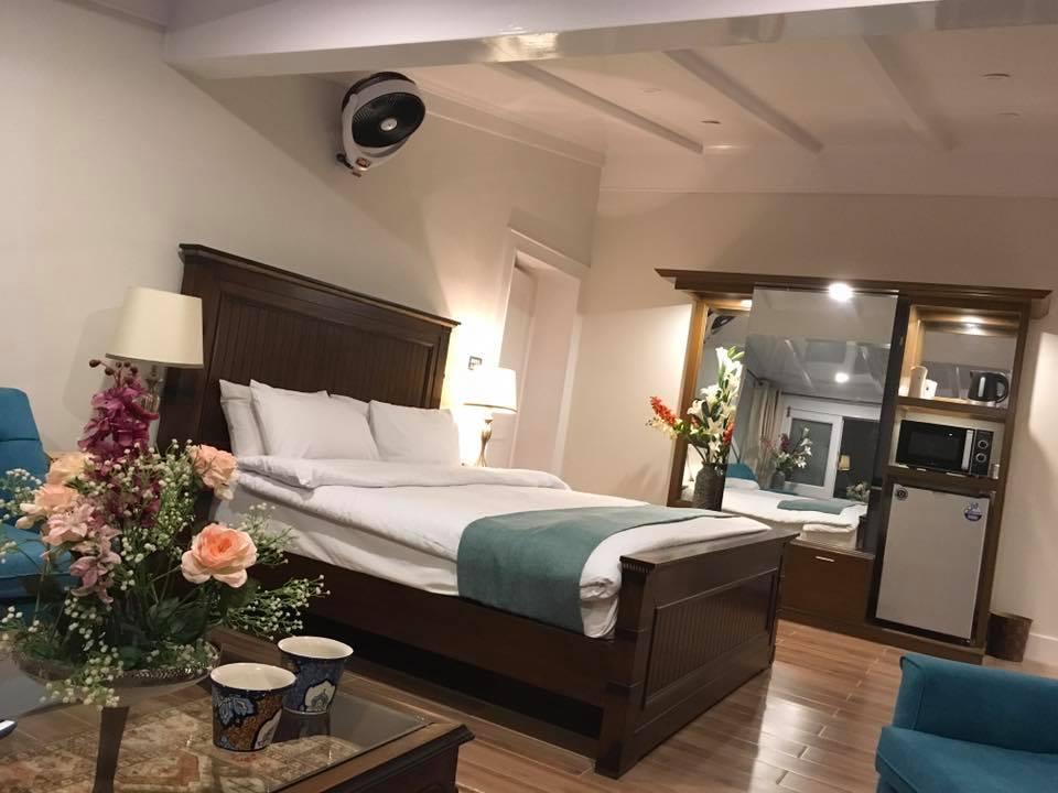 lockwood-hotel-murree-room-pic