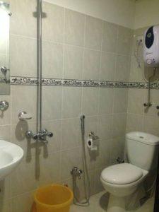 the-smart-hotel-murree-bathroom-pic