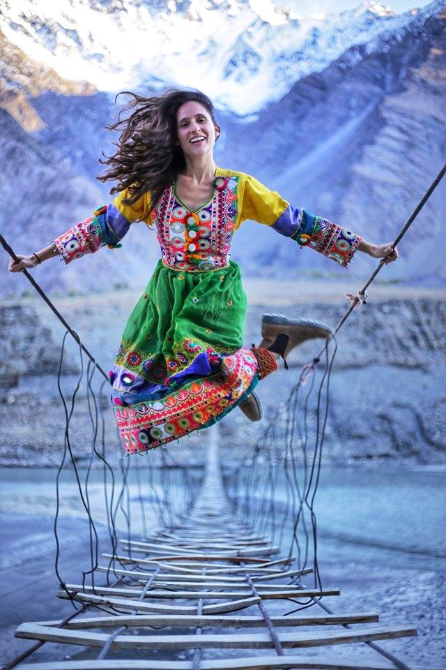 Alyne-Tamir-in-Pakistan