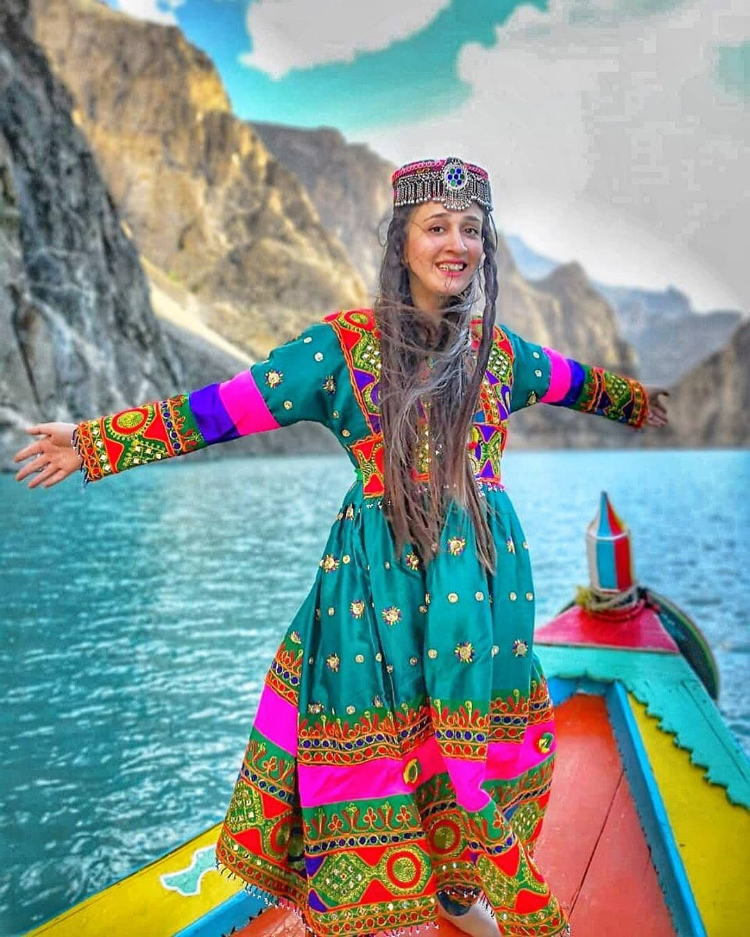 Attabad lake - Honeymoon in Hunza