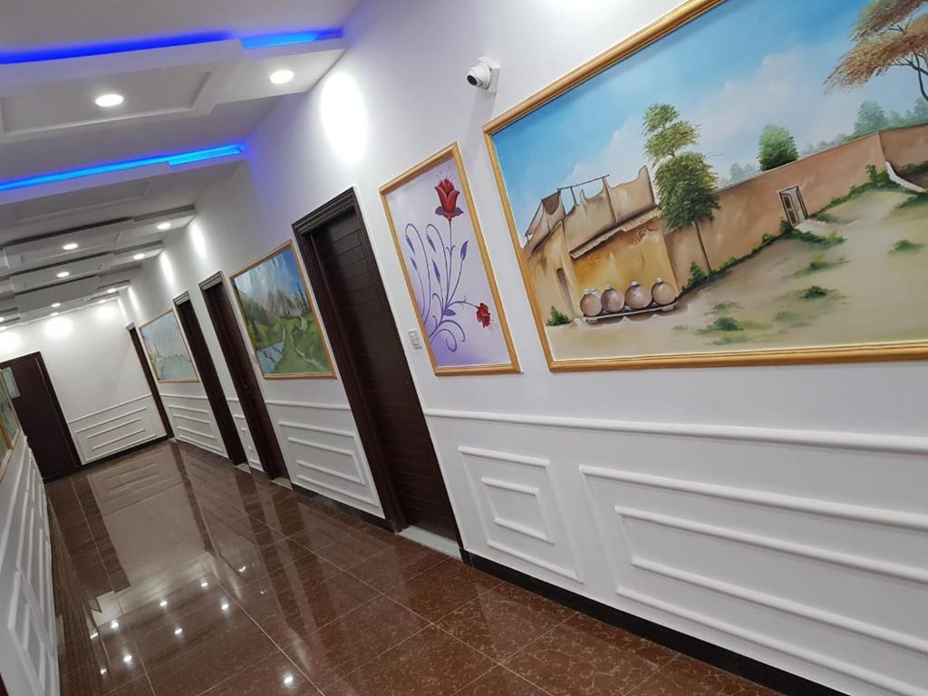Jumeirah Gold Hotel Naran